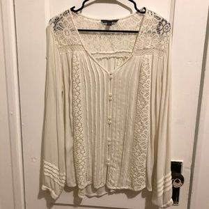 Lace flowy top